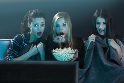 """Así es como Netflix y Spotify se están """"chamaqueando"""" al SAT"""