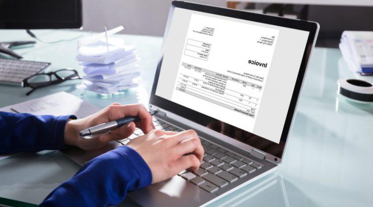 Cómo llenar la nueva factura electrónica del SAT