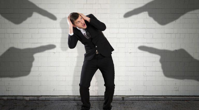 operaciones inexistentes, sat, lista negra, crédito fiscal, empresas fantasma, facturas fantasma, delito fiscal