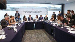 Senado ratifica a Ríos Farjat