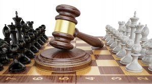 Continúa la batalla legal por los amparos contra la eliminación de la compensación universal