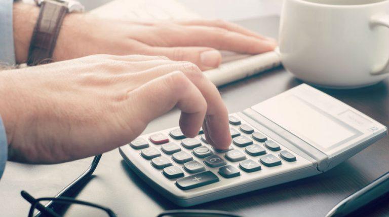 Para calcular el límite de ingresos por separación laboral exentos del ISR se tiene que usar el salario mínimo y no la UMA Prodecon