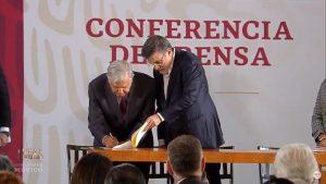 amlo-firma-decreto-condonaciones-grandes-contribuyentes