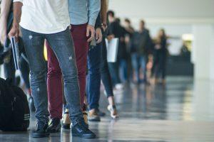becas de amlo afectan empleo en abril