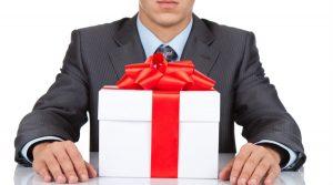 Las dádivas a servidores públicos no son deducibles para efectos del ISR