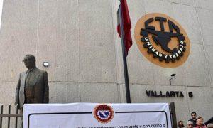 La CTM pretende bloquear reforma laboral con amparos.