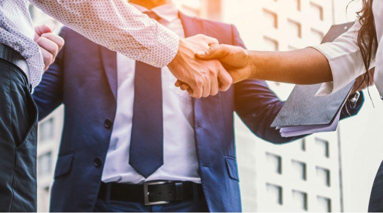 ¿Cuáles son las responsabilidades de los socios de una sociedad mercantil?
