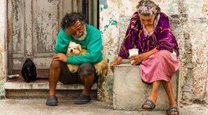 México combate la pobreza, pero 4 de cada 5 la padecen