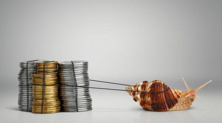 Recaudación de IVA e ISR sigue bajando