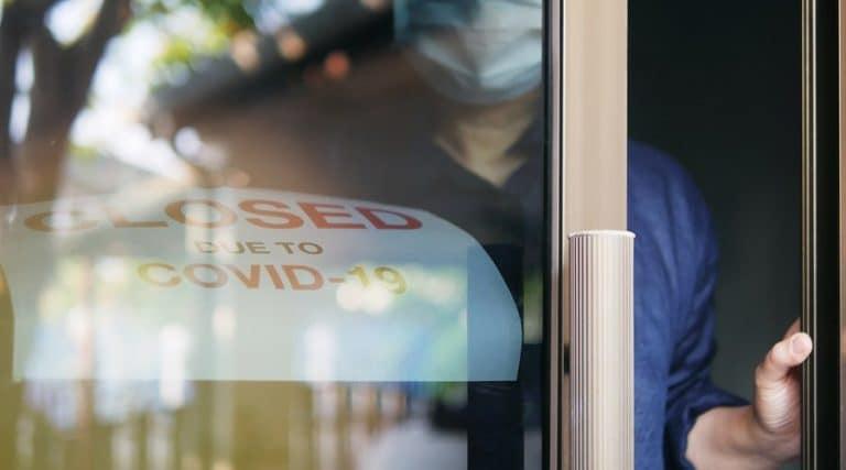 No deben adelantarse las reaperturas de los centros de trabajo explicó la STPS