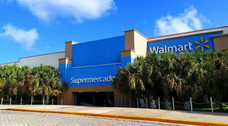 El acuerdo de Walmart y el SAT se dio por amenazas penales