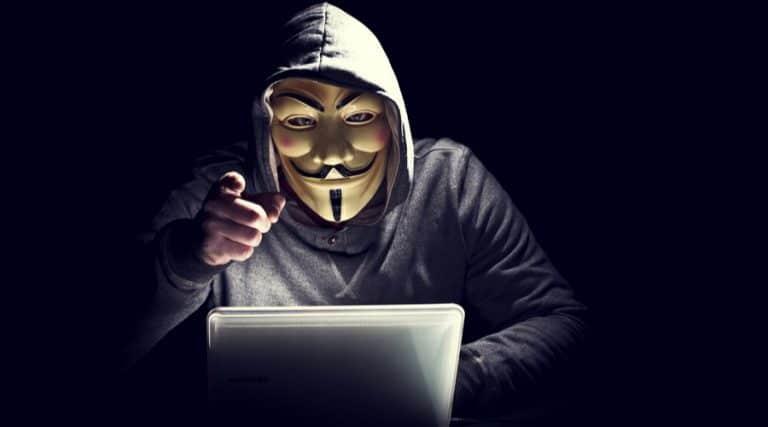Intenta hackear los sistemas del SAT