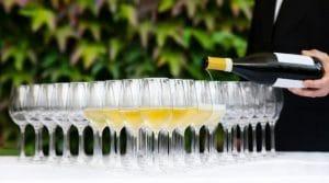 Los gastos en bebidas alcohólicas son deducibles