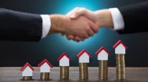 Municipios pagan a privados para cobrar el predial