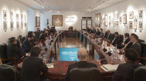 AMLO anuncia acuerdo sobre reforma al outsourcing y reparto de utilidades