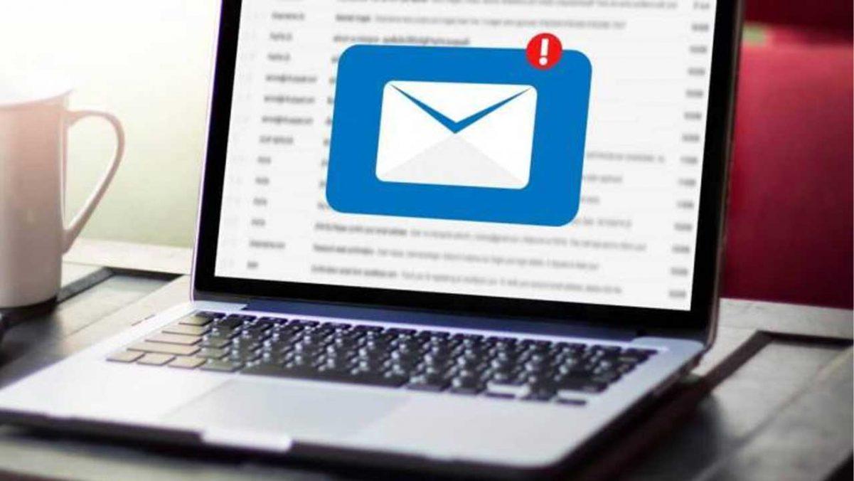 La notificación por e-mail no se realizó si la autoridad no demuestra su recepción